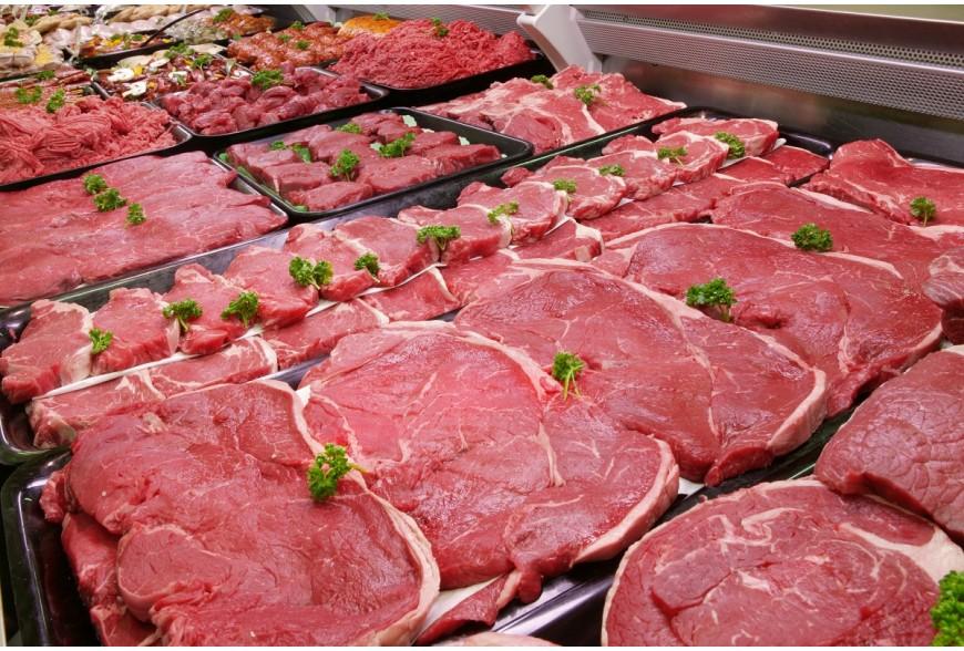 Jak oświetlać wyroby mięsne i garmażeryjne w gablotach chłodniczych?