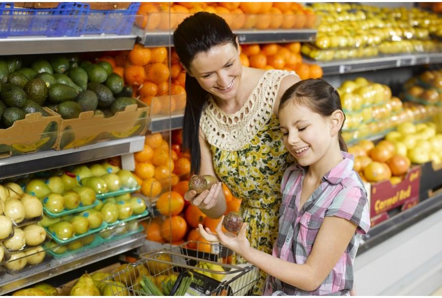 Oświetlenie owoców i warzyw – jak pokazać świeżość?