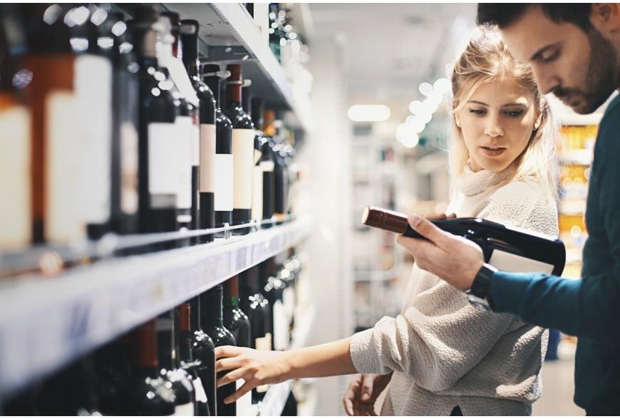 Barwy wina, czyli jak oświetlać ekspozycje alkoholi?